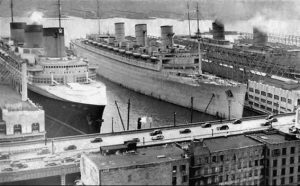 New York March 1940 - Normandie Queen Mary Queen Elizabeth