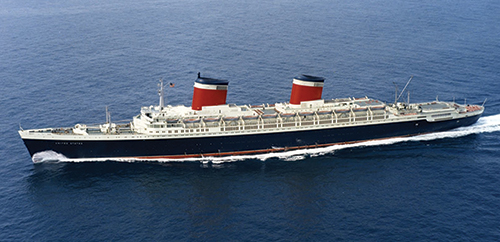 SS United States at sea